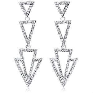White k plated wedding earrings